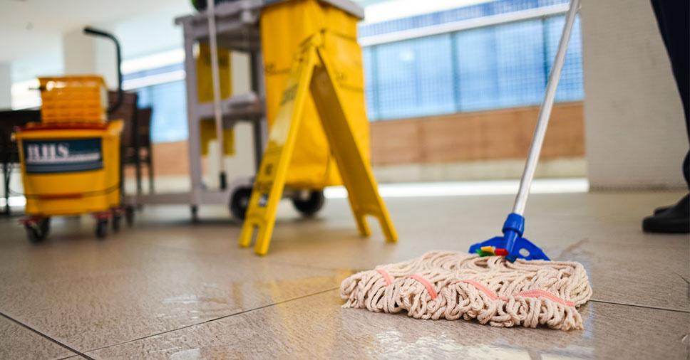 Ambiente de trabalho sujo: quais os riscos e consequências?