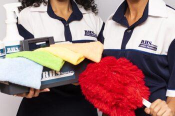 Equipe da RHS Premium faz parte das franquias de limpeza e conservação
